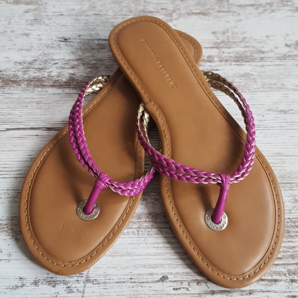 22c0a0c2d78bd 💖Banana Republic Hot Pink Leather Flip Flops